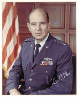 Autographs: GENERAL LEW ALLEN - PHOTOGRAPH SIGNED 1978