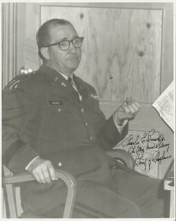Autographs: MAJOR GENERAL CHARLES E. BROWN JR. - PHOTOGRAPH SIGNED