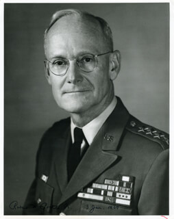 GENERAL ROBERT W. PORTER JR. - AUTOGRAPHED SIGNED PHOTOGRAPH 01/03/1969