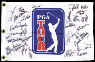 Autographs: ARNOLD PALMER - FLAG SIGNED CO-SIGNED BY: GAY BREWER, AL GEIBERGER, HUBERT GREEN, WALT ZEMBRISKI, DON BIES, BILLY GILBERT, DAVE HILL, LARRY LAORETTI, LEE TREVINO, LEE ELDER, HALE IRWIN, DON JANUARY, RAY FLOYD, CHI CHI (JUAN) RODRIGUEZ