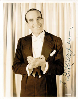 AL JOLSON - AUTOGRAPHED INSCRIBED PHOTOGRAPH
