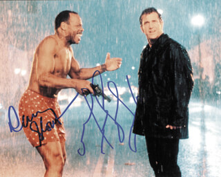 LETHAL WEAPON 4 MOVIE CAST - AUTOGRAPHED SIGNED PHOTOGRAPH CO-SIGNED BY: MEL GIBSON, DANNY GLOVER