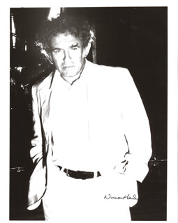 NORMAN MAILER - AUTOGRAPHED SIGNED PHOTOGRAPH CIRCA 1976