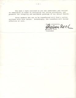 GREGORY PECK - TYPED LETTER SIGNED 04/08/1970