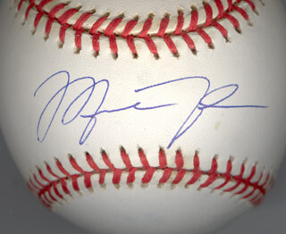 MICHAEL AIR JORDAN - AUTOGRAPHED SIGNED BASEBALL
