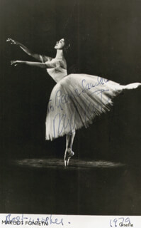 DAME MARGOT FONTEYN - AUTOGRAPHED INSCRIBED PHOTOGRAPH 1979