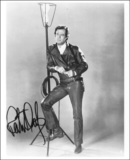 ROBERT CULP - AUTOGRAPHED SIGNED PHOTOGRAPH