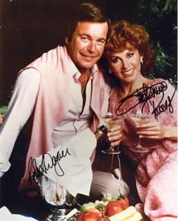HART TO HART TV CAST - AUTOGRAPHED SIGNED PHOTOGRAPH CO-SIGNED BY: STEFANIE POWERS, ROBERT J. WAGNER
