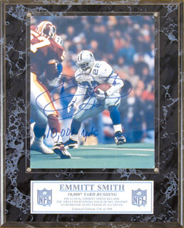 EMMITT SMITH - AUTOGRAPHED SIGNED PHOTOGRAPH