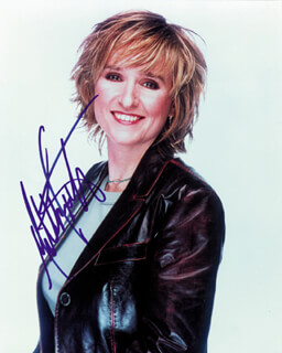 MELISSA ETHERIDGE - AUTOGRAPHED SIGNED PHOTOGRAPH