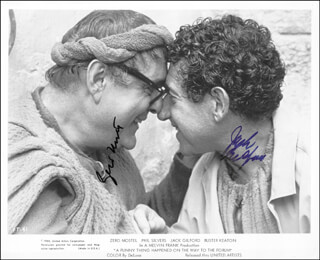 Autographs: A FUNNY THING HAPPENED ON THE WAY TO THE FORUM MOVIE CAST - PHOTOGRAPH SIGNED CIRCA 1977 CO-SIGNED BY: JACK GILFORD, ZERO MOSTEL