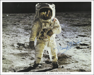 COLONEL BUZZ ALDRIN - AUTOGRAPHED SIGNED PHOTOGRAPH