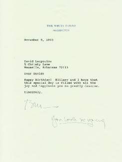 PRESIDENT WILLIAM J. BILL CLINTON - TYPED LETTER SIGNED 11/05/1993