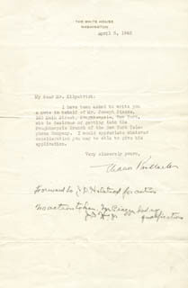 Autographs: FIRST LADY ELEANOR ROOSEVELT - TYPED LETTER SIGNED 04/08/1940
