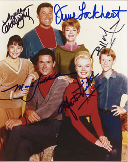 LOST IN SPACE TV CAST - AUTOGRAPHED SIGNED PHOTOGRAPH CO-SIGNED BY: BILLY MUMY, JUNE LOCKHART, MARK GODDARD, ANGELA CARTWRIGHT, MARTA KRISTEN - HFSID 255146