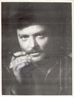 STACY KEACH - AUTOGRAPHED INSCRIBED PHOTOGRAPH