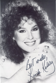 LINDA KELSEY - AUTOGRAPHED SIGNED PHOTOGRAPH