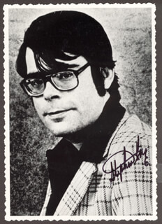 STEPHEN KING - AUTOGRAPHED SIGNED PHOTOGRAPH