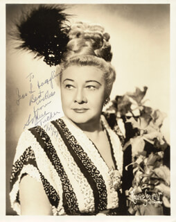 SOPHIE TUCKER - AUTOGRAPHED SIGNED PHOTOGRAPH 11/28/1947