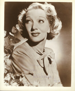 GERTRUDE LAWRENCE - AUTOGRAPHED SIGNED PHOTOGRAPH 1952