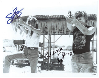 THELMA & LOUISE MOVIE CAST - AUTOGRAPHED SIGNED PHOTOGRAPH CO-SIGNED BY: SUSAN SARANDON, GEENA DAVIS