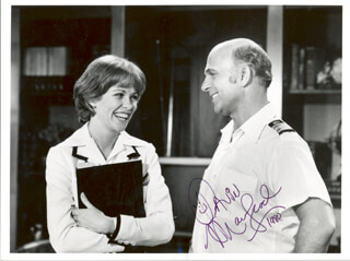 GAVIN MacLEOD - AUTOGRAPHED SIGNED PHOTOGRAPH 1980