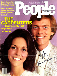 Autographs: THE CARPENTERS - INSCRIBED MAGAZINE COVER SIGNED CO-SIGNED BY: KAREN CARPENTER, RICHARD CARPENTER
