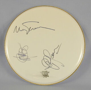 Autographs: PETER, PAUL & MARY - DRUMHEAD SIGNED CO-SIGNED BY: PETER, PAUL & MARY (PAUL STOOKEY), PETER, PAUL & MARY (PETER YARROW), PETER, PAUL & MARY (MARY TRAVERS)