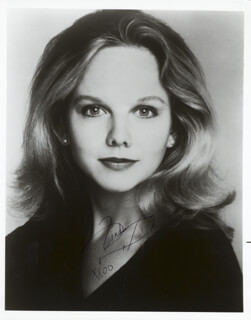 LINDA PURL - AUTOGRAPHED SIGNED PHOTOGRAPH