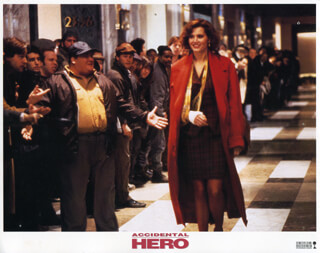 ACCIDENTAL HERO MOVIE CAST - LOBBY CARD UNSIGNED (USA) 1992  - HFSID 259895