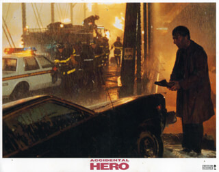 ACCIDENTAL HERO MOVIE CAST - LOBBY CARD UNSIGNED (USA) 1992  - HFSID 259896