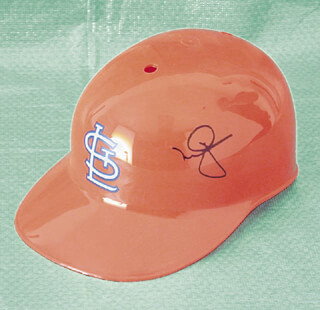 MARK McGWIRE - HELMET SIGNED