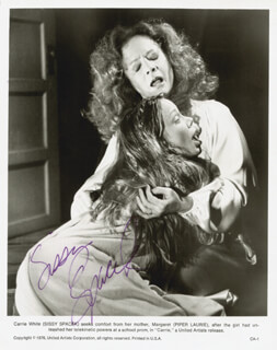 SISSY SPACEK - AUTOGRAPHED SIGNED PHOTOGRAPH
