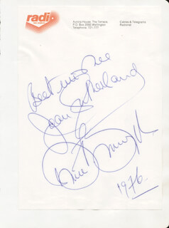 DAME JOAN SUTHERLAND - AUTOGRAPH NOTE SIGNED 1976