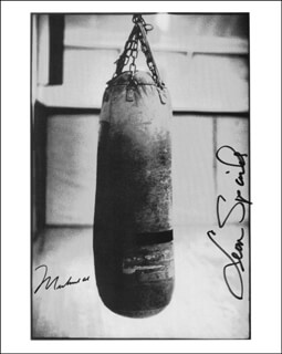 MUHAMMAD THE GREATEST ALI - AUTOGRAPHED SIGNED PHOTOGRAPH CO-SIGNED BY: LEON SPINKS - HFSID 261515