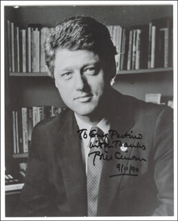 PRESIDENT WILLIAM J. BILL CLINTON - AUTOGRAPHED INSCRIBED PHOTOGRAPH 09/11/1990