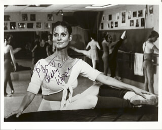 LESLEY ANN WARREN - AUTOGRAPHED INSCRIBED PHOTOGRAPH