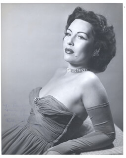 RUTH WEBB - AUTOGRAPHED SIGNED PHOTOGRAPH