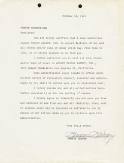 BOBBIE GENTRY - TYPED LETTER SIGNED 10/12/1967