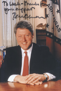 PRESIDENT WILLIAM J. BILL CLINTON - AUTOGRAPHED INSCRIBED PHOTOGRAPH