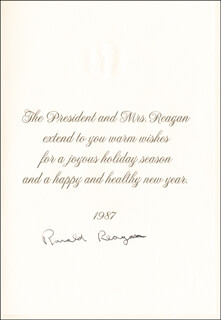 Autographs: PRESIDENT RONALD REAGAN - CHRISTMAS / HOLIDAY CARD SIGNED