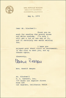 FIRST LADY NANCY DAVIS REAGAN - TYPED LETTER SIGNED 05/06/1970