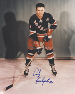 ANDY BATHGATE - AUTOGRAPHED SIGNED PHOTOGRAPH