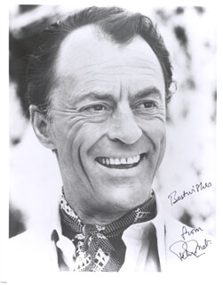 PETER DONAT - AUTOGRAPHED SIGNED PHOTOGRAPH