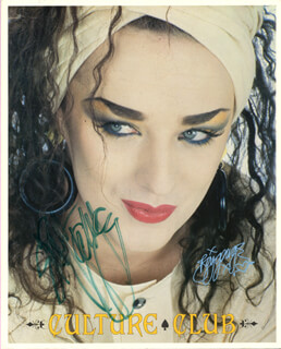 BOY GEORGE (GEORGE ALAN O'DOWD) - AUTOGRAPHED SIGNED PHOTOGRAPH