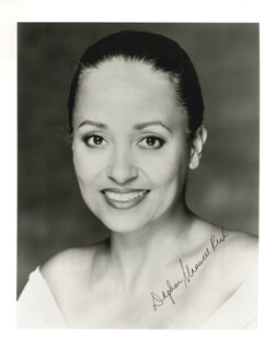 DAPHNE MAXWELL REID - AUTOGRAPHED SIGNED PHOTOGRAPH