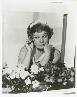SHIRLEY BOOTH - PHOTOGRAPH UNSIGNED