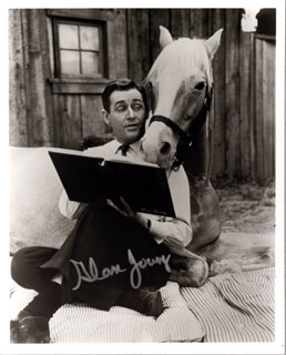 ALAN YOUNG - AUTOGRAPHED SIGNED PHOTOGRAPH