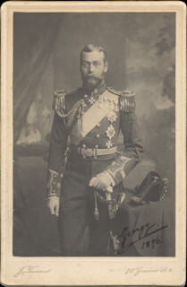 Autographs: KING GEORGE V (GREAT BRITAIN) - PHOTOGRAPH SIGNED 1896