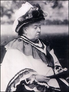 QUEEN VICTORIA (GREAT BRITAIN) - PHOTOGRAPH UNSIGNED